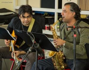 Rez Abbasi and Rudresh Mahanthappa, Ragmala Dance rehearsal 2014, © Andrea Canter