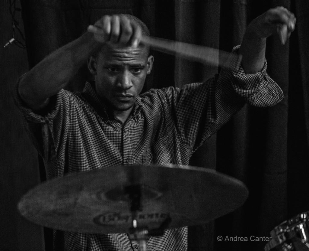 Davu Seru, © Andrea Canter
