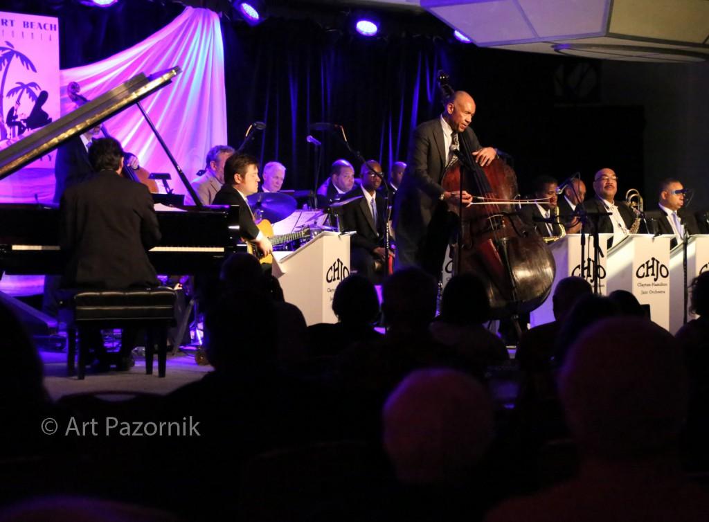 Clayton-Hamilton Orchestra with John Clayton, © Art Pazornik