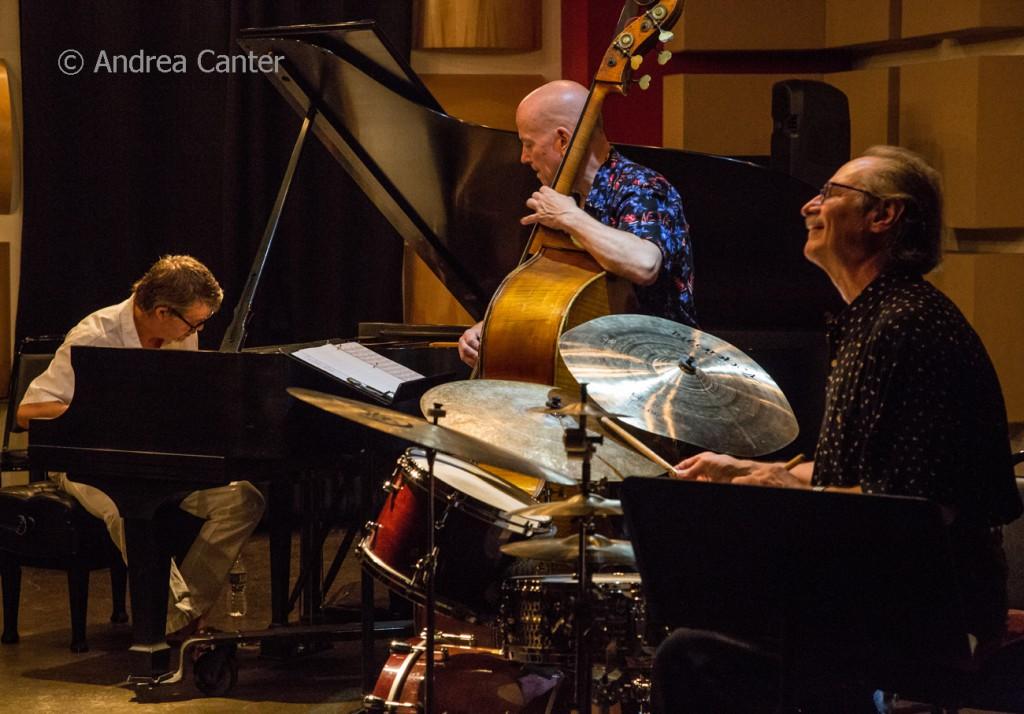 Chris Lomheim Trio © Andrea Canter