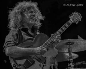Pat Metheny, at The Guthrie on September 26 (photo © Andrea Canter)