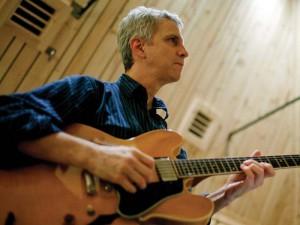 Steve Cardenas © John Rogers (Jazz Times)